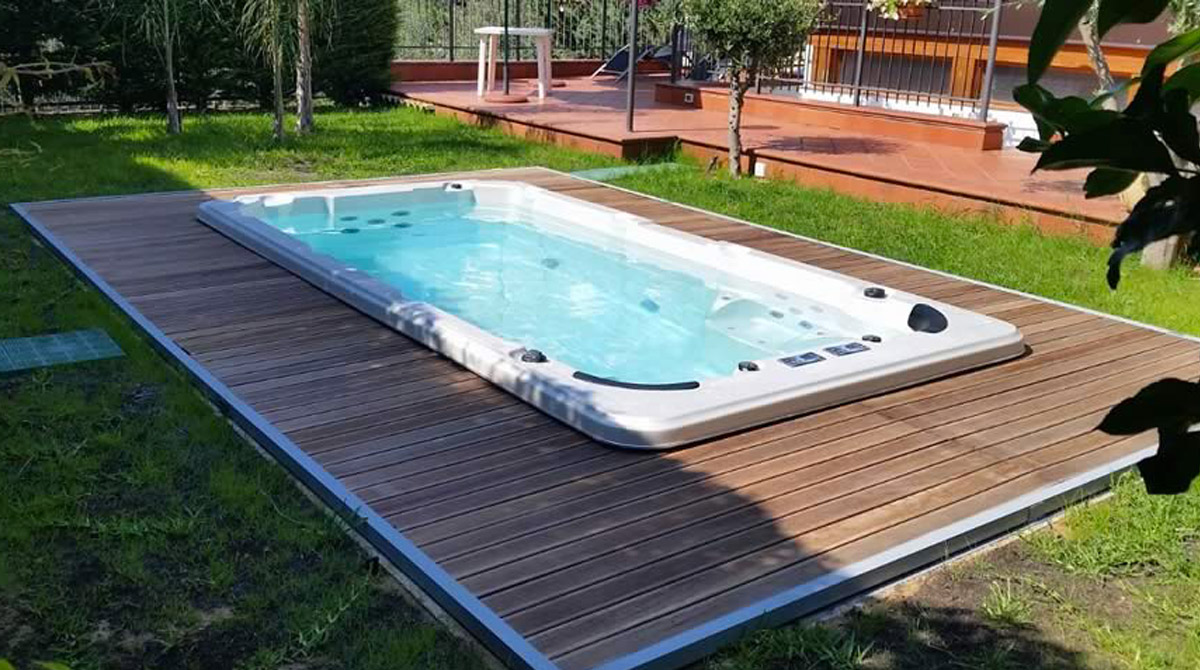 Piscina idromassaggio e nuoto controcorrente in 9 mq for Piscine 5x3
